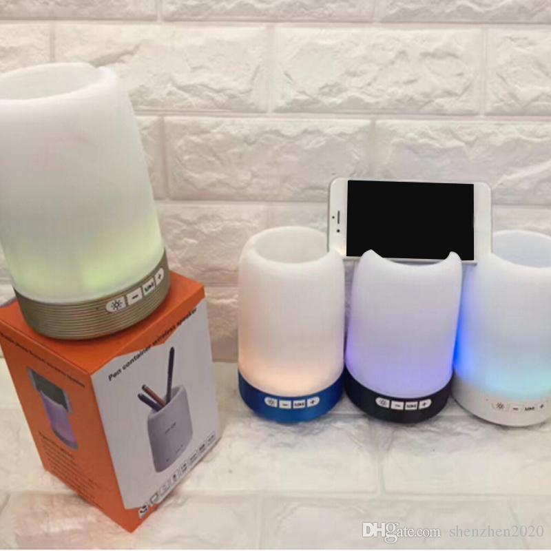 Wireless Bluetooth speaker pen holder phone bracket speaker card U disk with colorful lights mini portable small sound Q6 2018