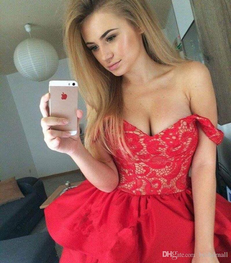 Ruffles Tiered Red Short Homecoming Dresses 2019 Cheap Off Shoulders Appliqued Mini Graduation Cocktail Gowns Short Sweet 16 Party Dress