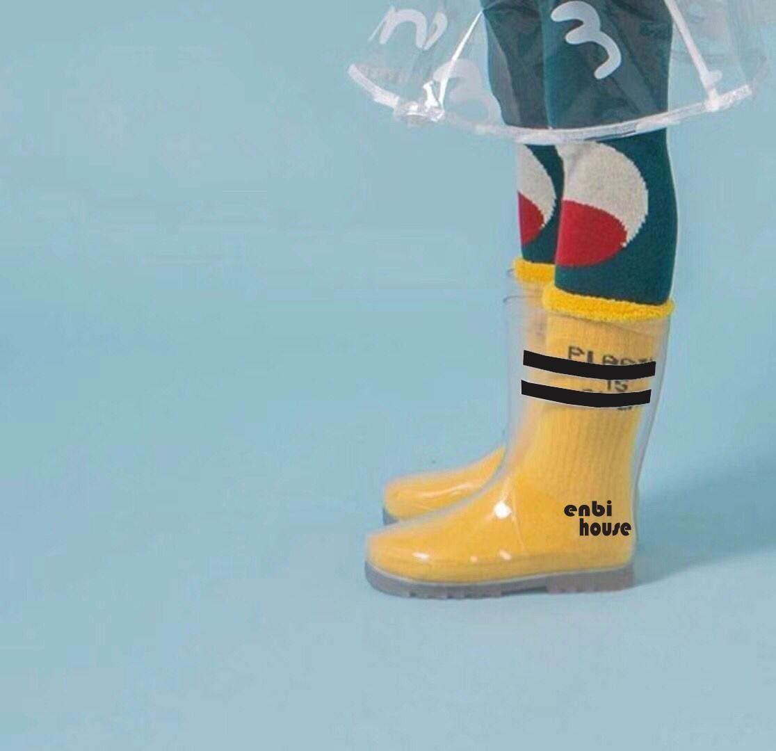 New Ins Transparent Rain Boots Rain Boots Children Parallel Bars PVC ... 79c5f43aa084