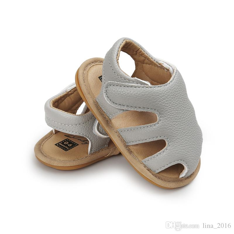 Baby First Walkers Toddler Shoes 4 Couleurs Enfants Baby Soft PU Glands Belle Sandales Toddler Chaussures Bébé Nouveau-Né Chaussures Livraison Gratuite B0057