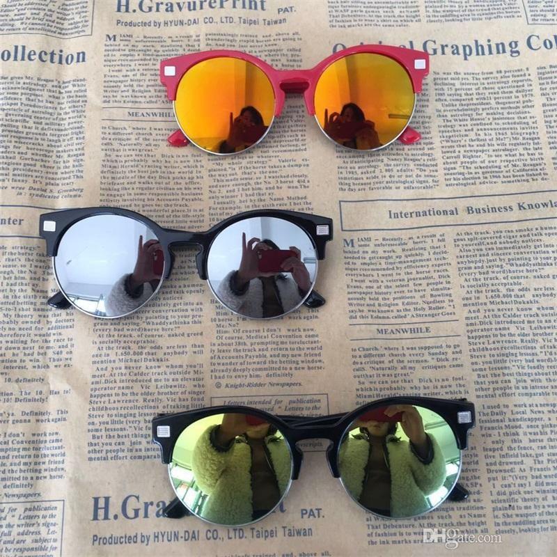 378acec9dcf80 Compre Meninos E Meninas Redondo Lente Retro Óculos De Sol Bonito Colorido  Metade Quadro Óculos De Sol À Prova De Luz Ultravioleta Óculos De Moda Ao  Ar ...