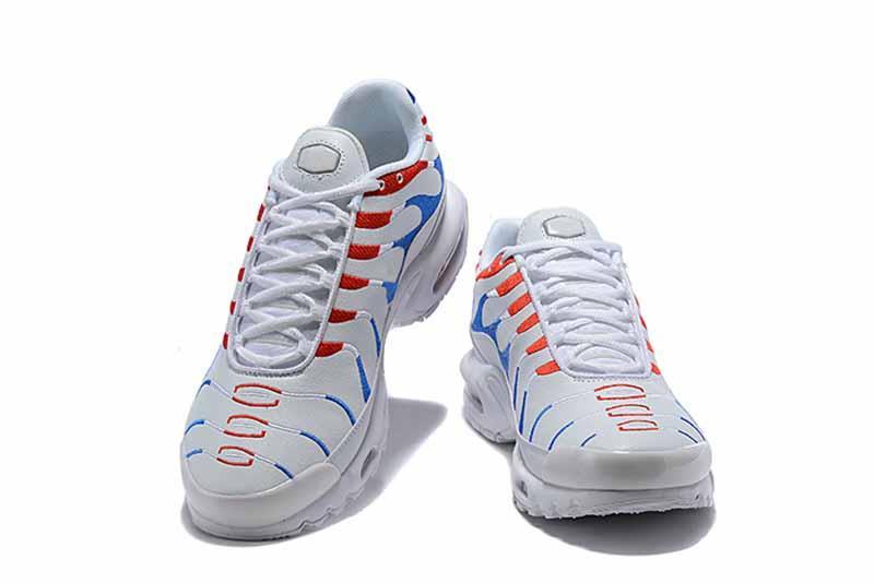 49b9c4ae4b0 HOT SALE 2018 TN Plus Air Cushion Men Shoes VM Olive In Metallic White  Silver Women Shoes For Designer Male Trainers Casual Shoes TN Plus AirTN Tn  Online ...