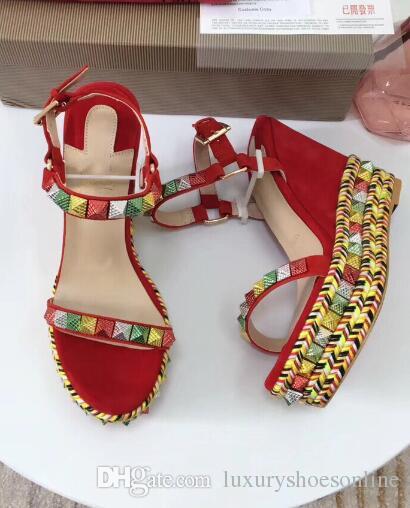 Sexy Mode Dames Femmes Sandales De Luxe Fond Rouge Femme Gladiateur Sandales Plate-Forme Cataclou Cloutés Chaussures Wedge Soirée De Mariage