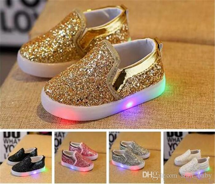 f83860a7f7564 Kids Glowing Sneakers Baby Girls Boys LED Light Shoes Toddler Anti Slip  glitter Sequins Sports Casual Shoes B11