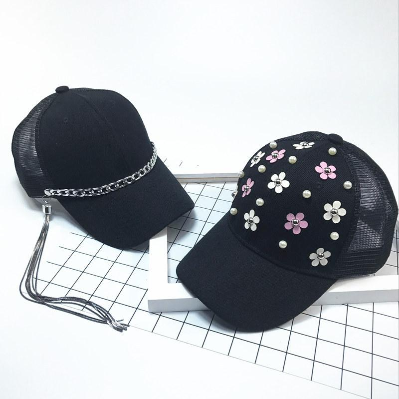 YONGLOU002 Kids Baby Hip Hop Baseball Caps Solid Black Metal Rings Chain Snapback Hats Boy Girl Child Cavity Rivets Lace Gorras