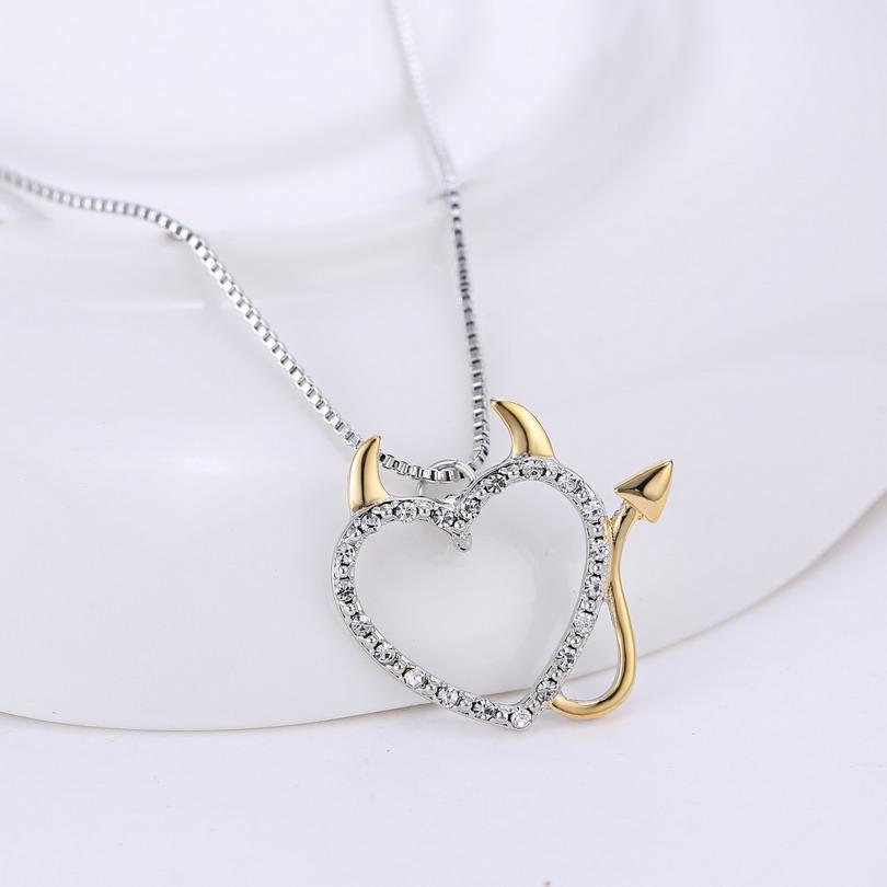 2017 Or et Argent Plaqué Amour Coeur Accent Diable Coeur Pendentif Colliers Bijoux pour Femmes Décoration D'été avec Boîte Chaînes
