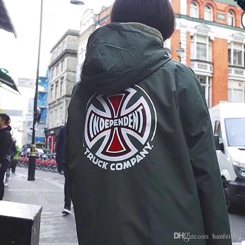 Großhandel 18fw Box Logo Unabhängige Alte Englische Jacke Nylon Anorak  Casual Jacke Street Fashion Mantel Männer Frauen Outwear Paar Wasserdichte  Hflsjk203 ... f05fb6cfc9