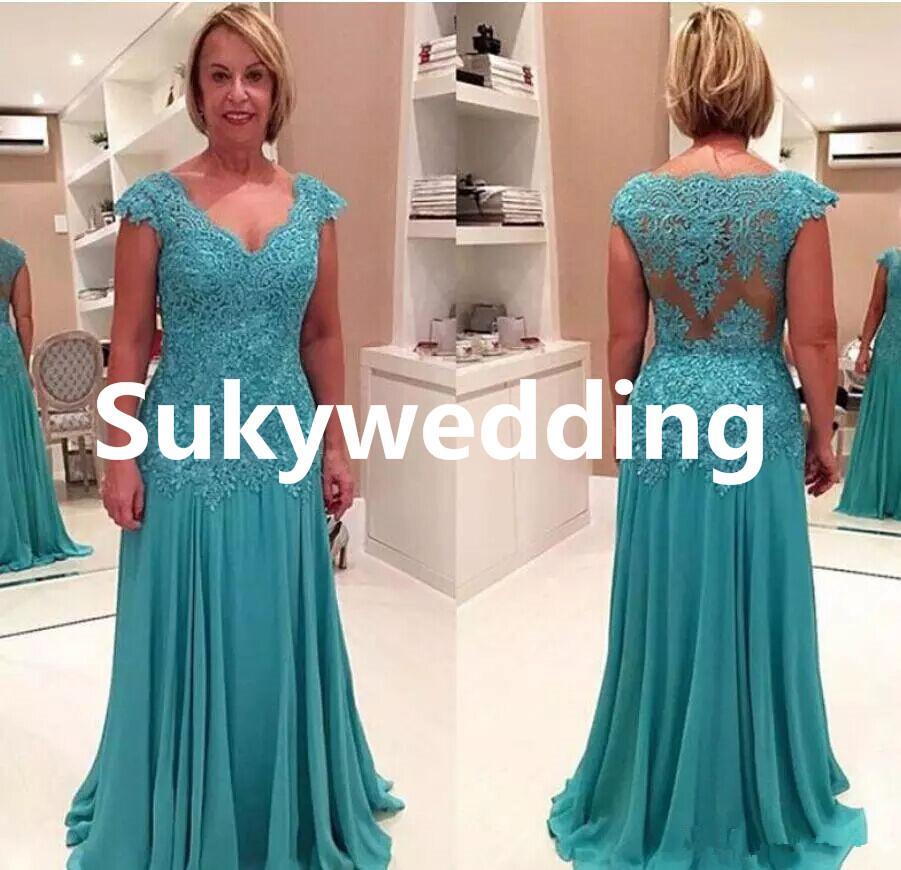 New Elegant Mother of the Bride Dresses V Neck Sleeveless A Line Appliques Chiffon Lace Plus Size Evening Dresses Long Floor Length
