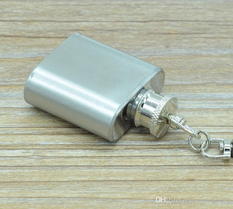 1oz 28ml stainless steel mini hip flask with keychain Portable party outdoor wine bottle with Key chains SN156