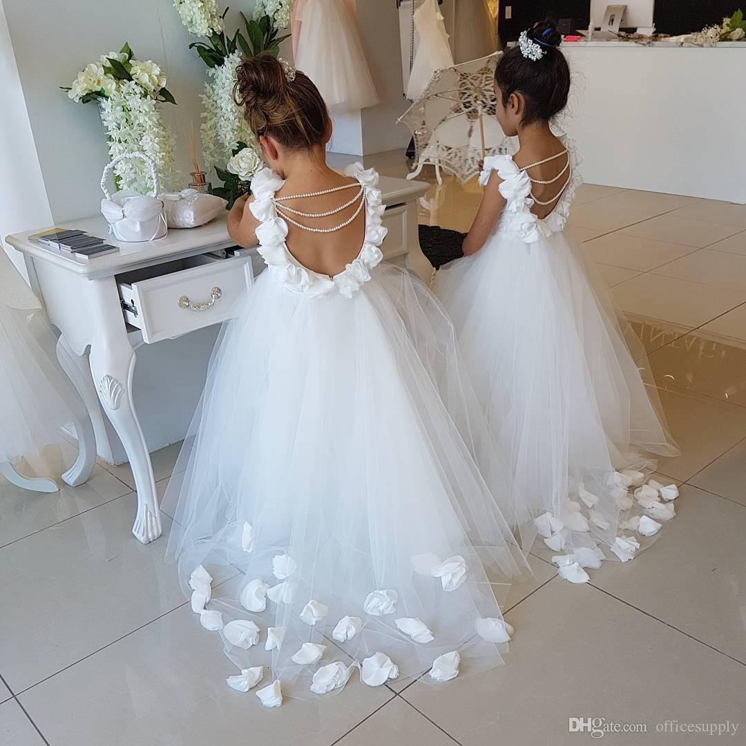 2018 Flower Girls Vestidos Para Casamentos Colher Ruffles Lace Tulle Pérolas Backless Princesa Crianças Vestidos de Festa de Aniversário de Casamento
