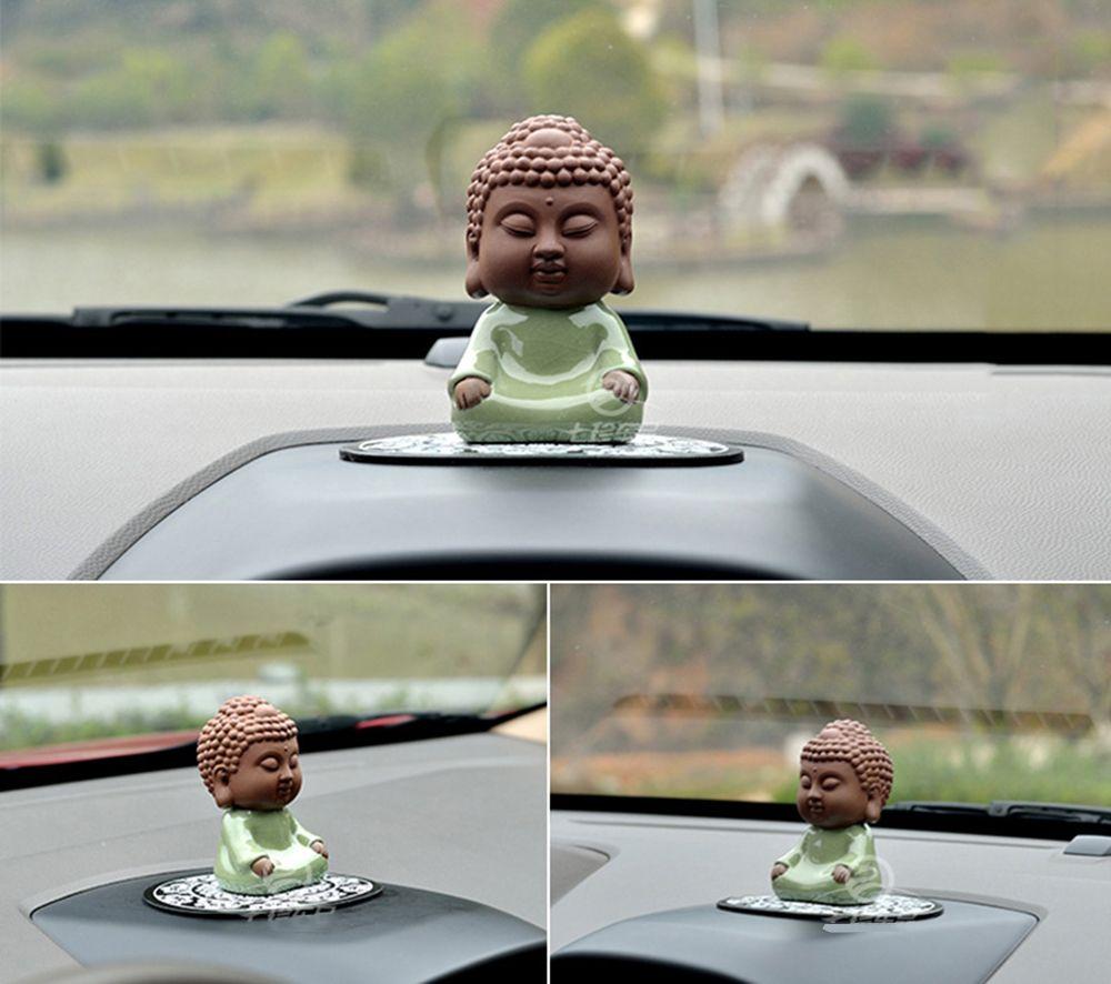 Auto Ornamente handgemachte schöne buddhistische Mönche Buddha Figur Charms Automobil Innen Schreibtisch Möbel Dekoration Ornament Geschenke