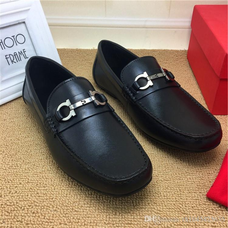 Cuir véritable Mens robe de mariée Oxfords Chaussures Slip On Smoking Mode Chaussures Chaussures 2018 Homme Barque Chaussures Mode Bureau Formal Runway Shoe