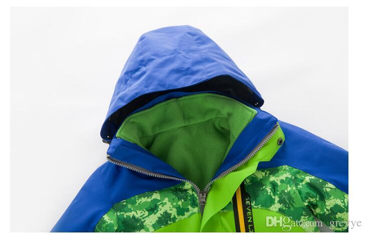 New children's camouflage mixed colors outdoor sports windbreaker men and women two sets of Jackets windproof warmth