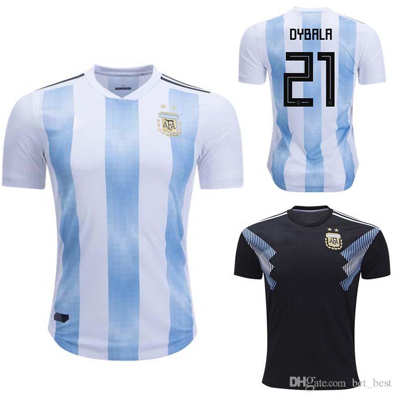 Compre Jogador Versão 2018 Copa Do Mundo Argentina Casa Camisa De Futebol  Argentina   10 MESSI Camisa De Futebol   21 DYBALA   19 KUN AGUERO Fora  Uniformes ... eb375df8a0c3c
