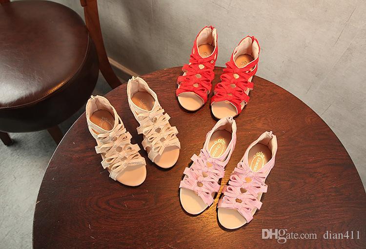 7a7129c72 Compre Zapatos De Princesa De Verano Para Niños Niñas Coreanas Sandalias  Romanas De Fondo Plano Niñas Casuales Boca De Pescado Sandalias A  11.53  Del ...