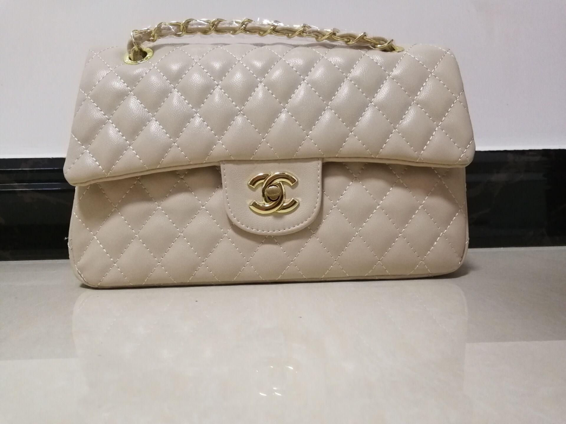 2e97a5515473 2018 Women Leather Handbag Designer Handbags Shoulder Bag Designer Luxury Handbags  Purses Hot Sale Fashion Vintage Handbags Online with  29.8 Piece on ...