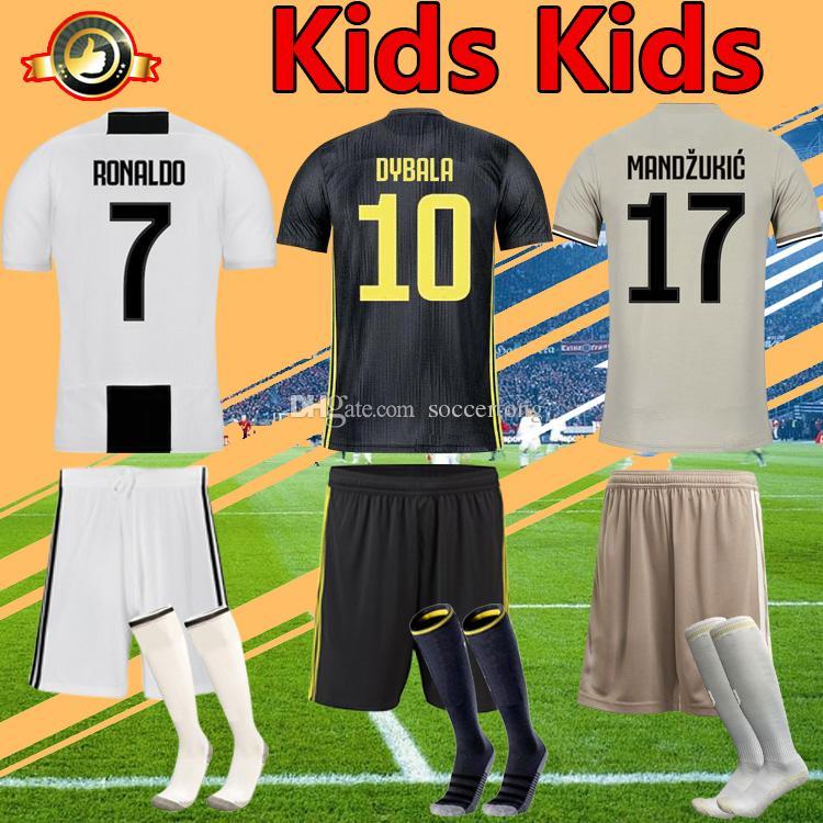 Compre Kit Para Niños 2019 Juventus Niños Camiseta De Fútbol Ronaldo Dybala  18 19 Niños Niño Bonucci Juve Camiseta Para Jóvenes Fútbol A  15.53 Del ... 6546e376ad381