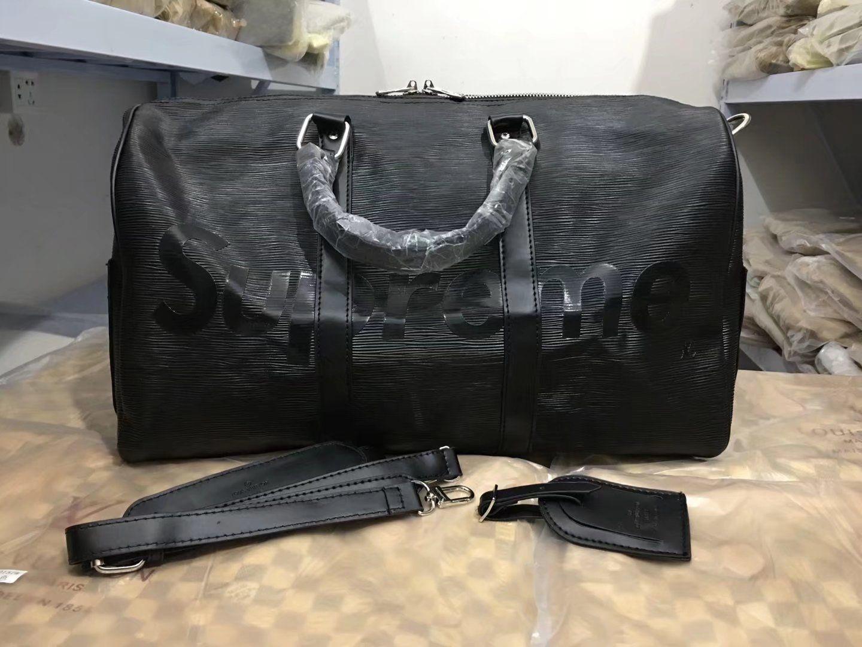 AAAAA 2018 NEW Hot Sell Top Quality High Capacity Womens Mens SIZE 45cm Travel  Bag Duffel Bag Shoulder Bag Handbags Duffel Bags M9968 Online with ... 8822e203c2