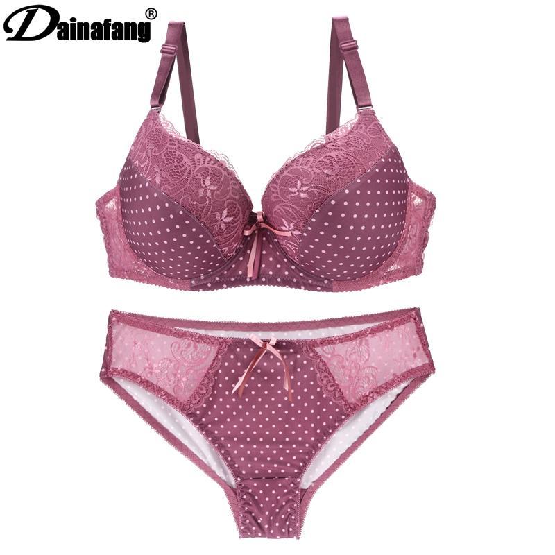 d80109495 Compre DAINAFANGCDE 85 90 95 Ouro Push Underwear Up Lace Senhora Lingerie  Set Oco Outfit Set G String Bordado Underwear Set Curto De Clothesg202