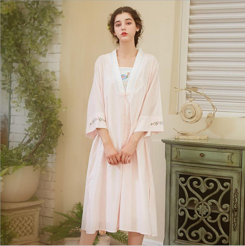 2019 Elegant Robe Gown Set Women Sleepwear Cotton Bathrobe Peignoir Set  Vintage Nightgown Kimono Pink Negligee Autumn Home Wear From Tutucloth 26027a8ce