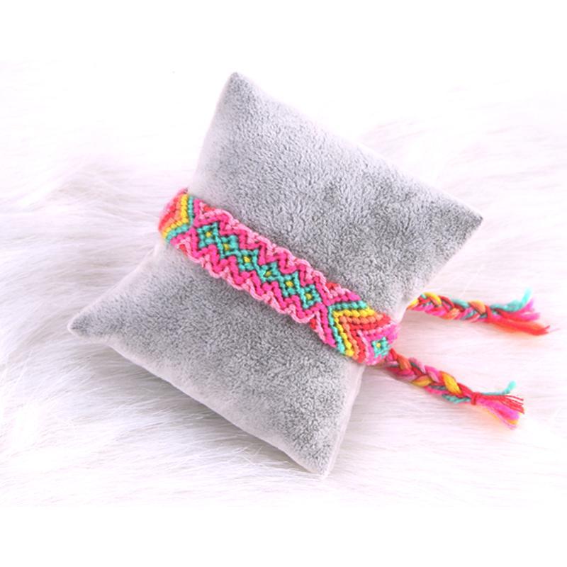 RUNYUAN 2017 Amitié Hippy Boho Bracelets Enveloppent Mince Coton Bracelets Tissé Corde Chaîne À La Main Bracelets Coloré Pour Cadeau