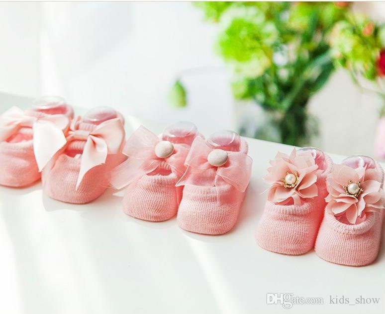 Adorable bébé Infant girl Coréen Bow Lace Flower pralkalker Non Slip pour les filles Toddler enfants nouveau-nés Pantoufles