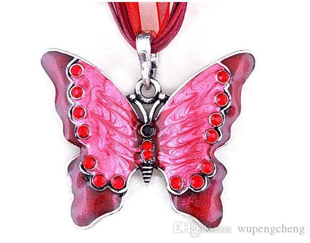 Collana pendente farfalla farfalla in lega colorata è appositamente progettato le donne ciondolo pendente maglione ciondolo pendente animali