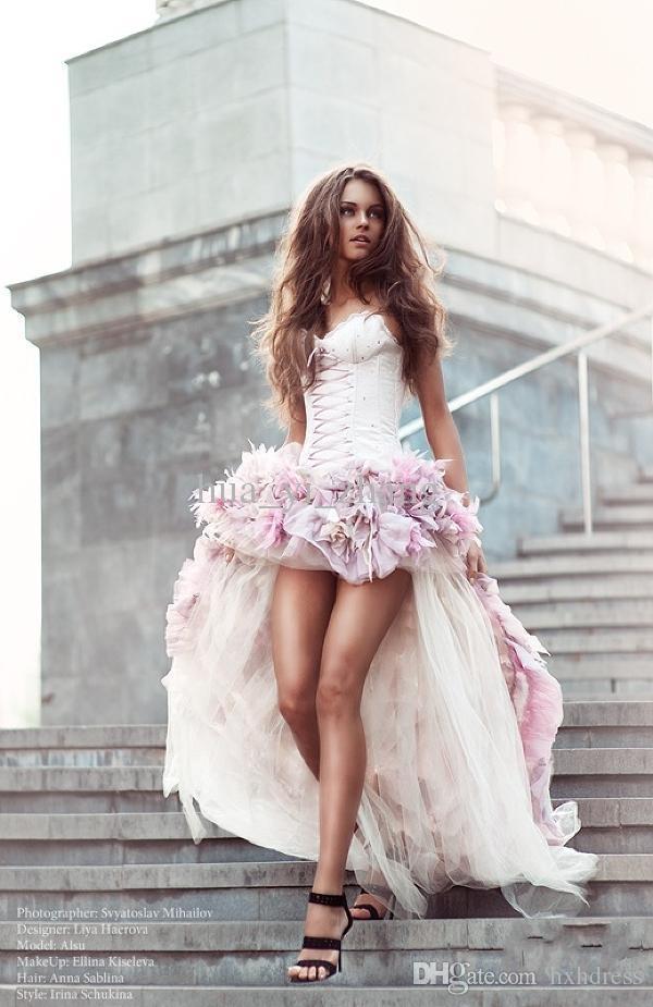 2020 nouveau sexy de mariage de plage Robes et avant long arrière Une ligne 3D main fleurs tout autour Tulle Salut-Lo Colorful Robes de mariée