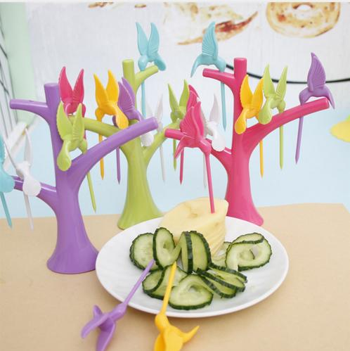 Lovely Gadget Bird Tree Birdie Fruit Fork 1 Stand + 6 Forks Toothpick Fruit Tool Carino Cartoon Party Fork Accessori da cucina