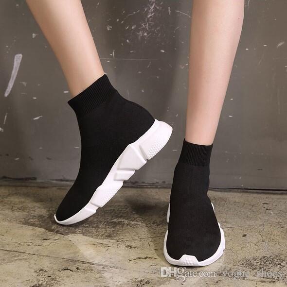 Compre Top Designer Calcetines Blancos Negros Botines Para Mujer Calzado  Grueso Suela De Goma Zapatos De Invierno Autumen Calcetines De Punto De  Plataforma ... b5b31fd5a7a