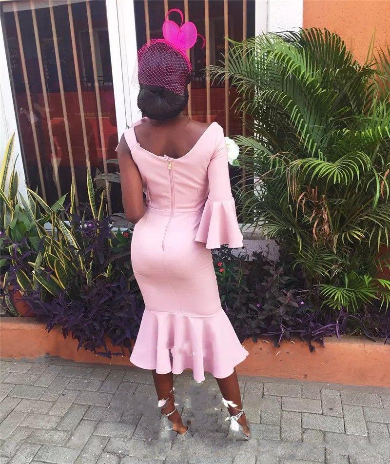Robes de demoiselle d'honneur roses africaines une épaule avec noeud thé longueur robes de soirée de mariage sirène, plus la taille