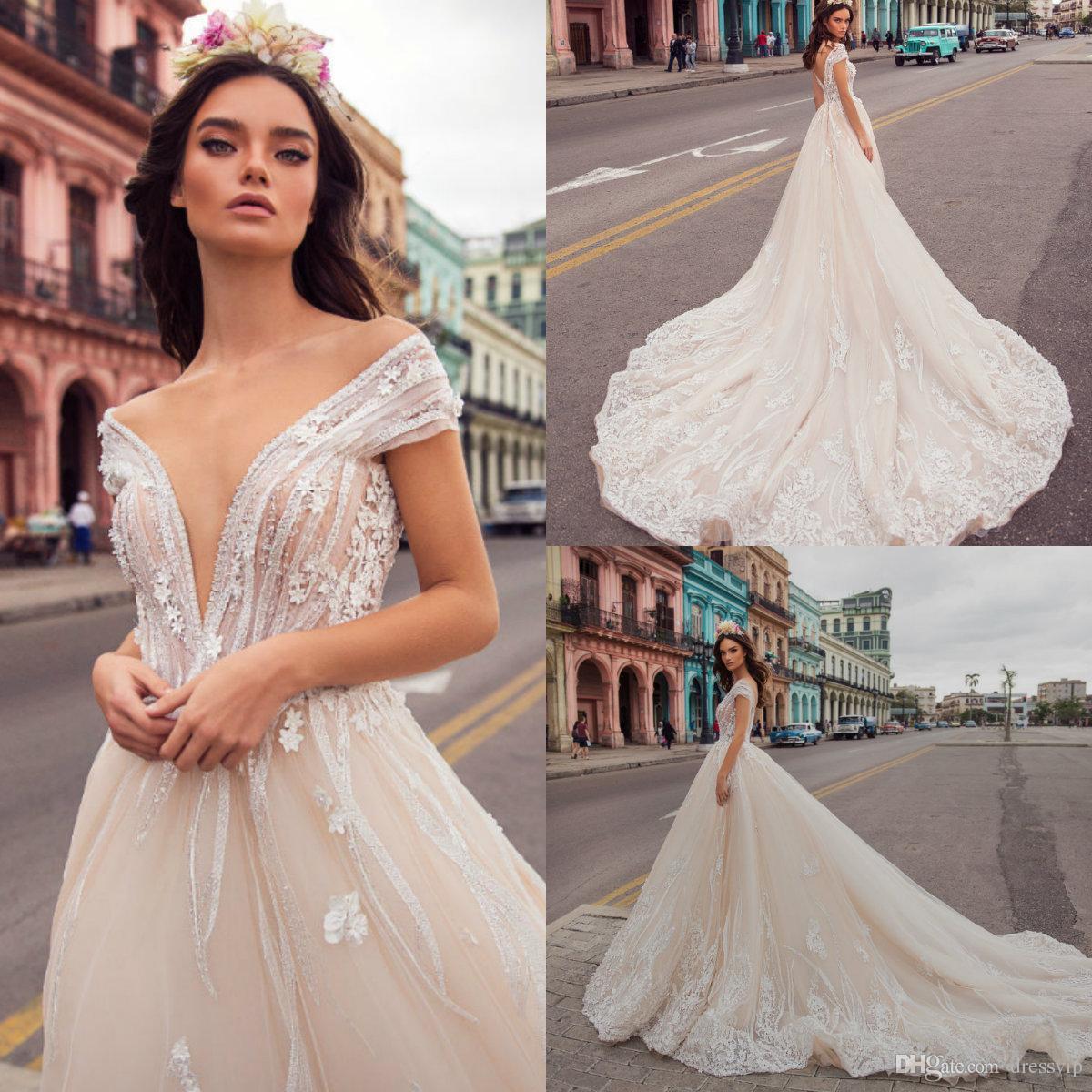 Vestidos de boda playa 2019
