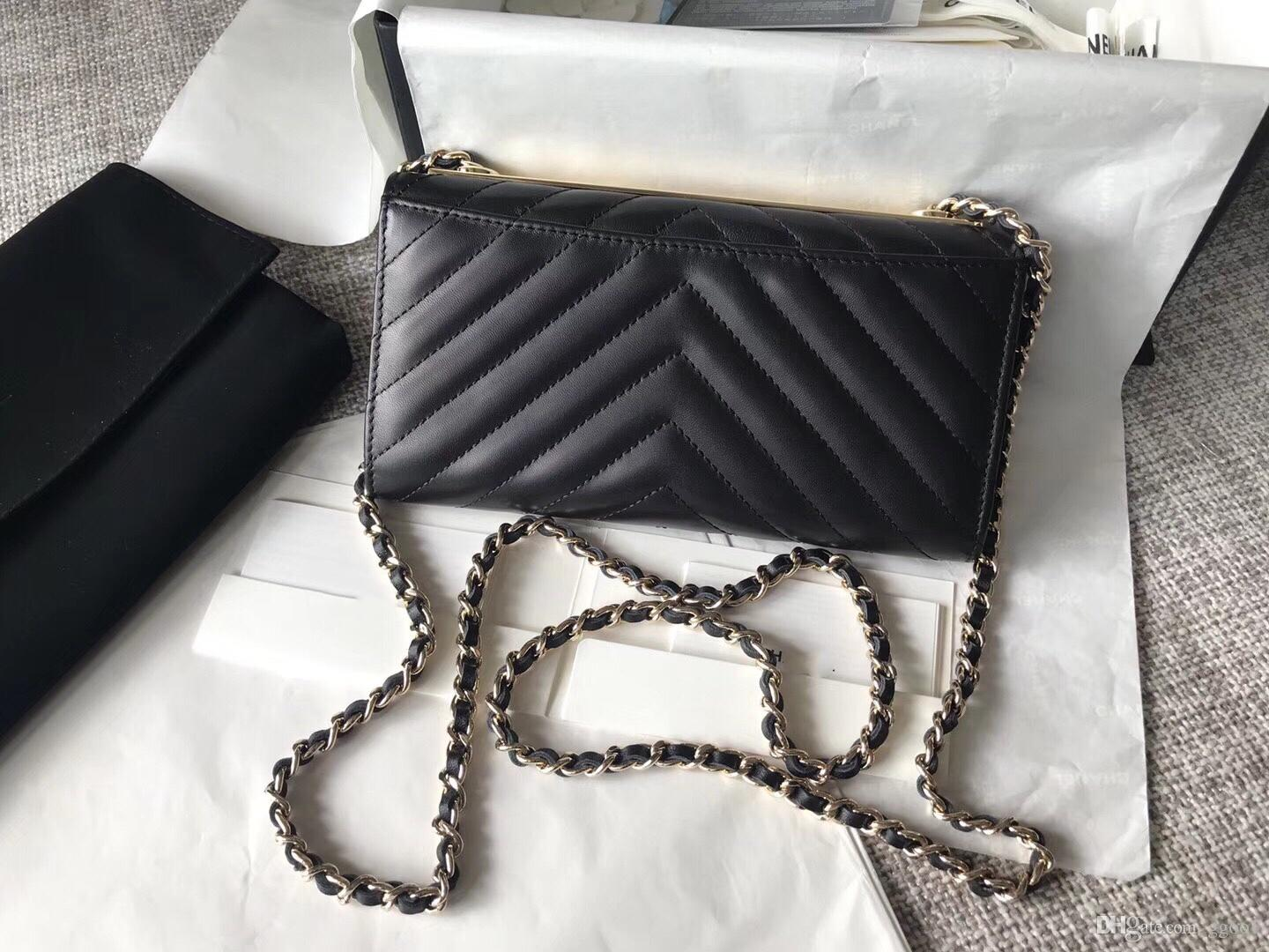 a83257acd66c 2018 Lambskin Chevron Falp Bag 19cm Designer Luxury Handbags Purses Lady  Fashion Chain Shoulder Bag 7A Top Quality Free Shopping Leather Briefcase  Wholesale ...