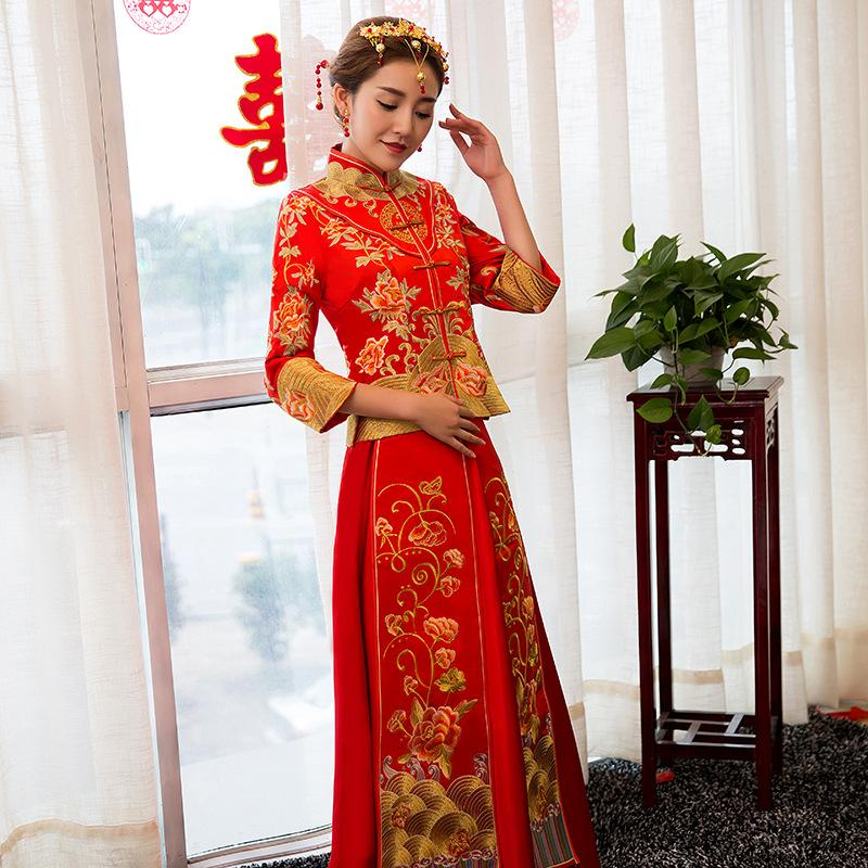 Robe de mariee chinoise rouge
