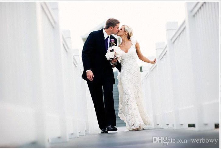 2020 полный шнурок свадебные платья в стиле кантри электросети V-образным вырезом рукава Cap замочная скважина вернуться линия старинные свадебные платья на заказ