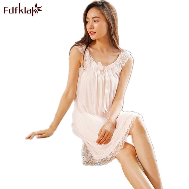 65b9e98811 2019 2018 New Sleeveless Women s Nightgown Sexy Sleepwear Cotton Night  Dress White Princess Nightgown Sleepwear Plus Size S XL E1234 From Berniee