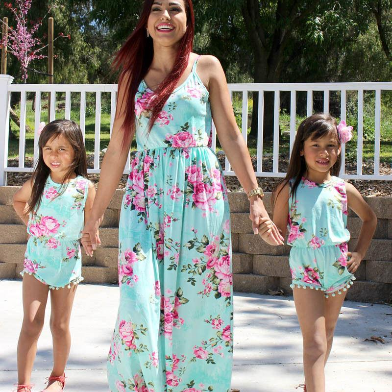 a22cec25b502 2017 Summer Family Match Dress Mother And Daughter Matching Floral Womens  Girls Long Maxi Dresses Outfits One Pieces Family Photo Outfits Matching Mom  And ...