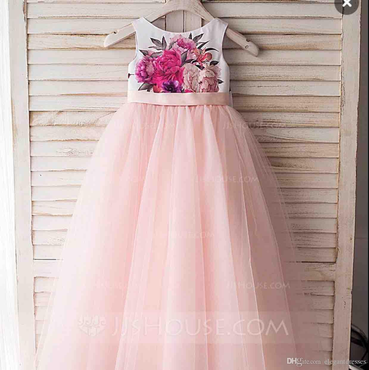 2018 Mignon A-Line Fleur Filles Robes Rose Tulle Jupe Formelle Fille Pageant Robes De Soirée Avec Bow Back Ruban Fête D'anniversaire Porter Pour Enfants