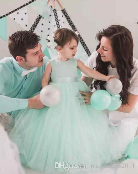 Lovely 2019 Mint Tulle Ball Gown Flower Girl Dresses For Weddings Jewel Cut Out Back Bow Sash Floor Length Birthday Party Gown