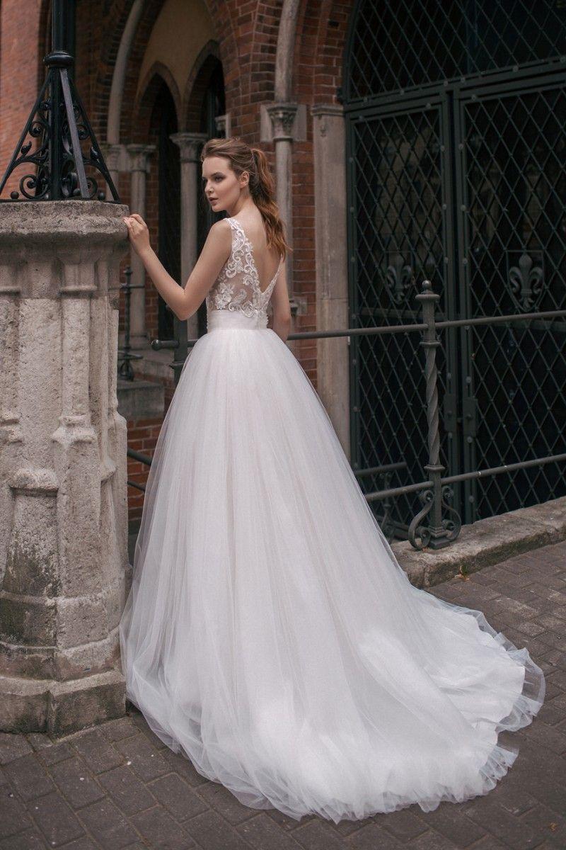 2019 Milva Beach Wedding Dresses Backless V Neck Lace Applique Boho Wedding Gowns Cheap A Line Bohemian Bridal Dress