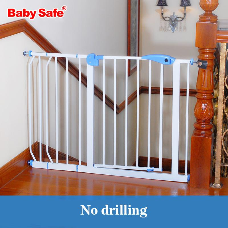 2019 Solid Stair Guardrail Baby Child Safe Gate Pet Isolating Dog