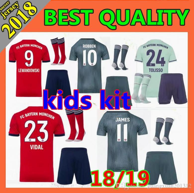 9cb716dbb6d2 2018 Bayern Munich Boy Soccer Jersey 1819 VIDAL COATA LEWANDOWSKI MULLER  ROBBEN GOTZE BOATENG ALABA Child Football Shirt Soccer Jersey Online with  ...