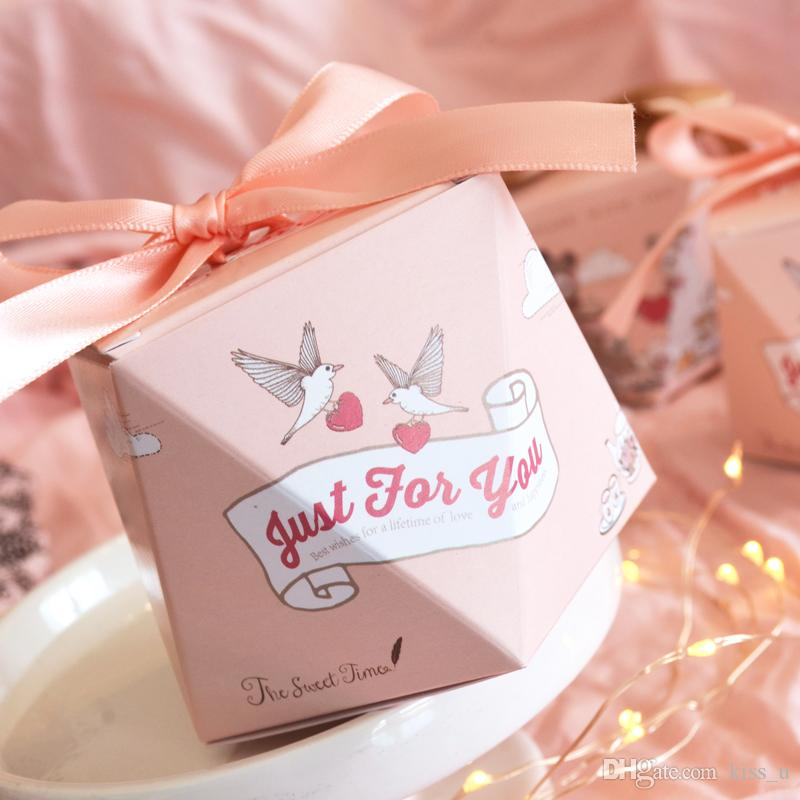 Hot Wedding Favors Two Patterns Supplies Diamond Shape Candy Boxes