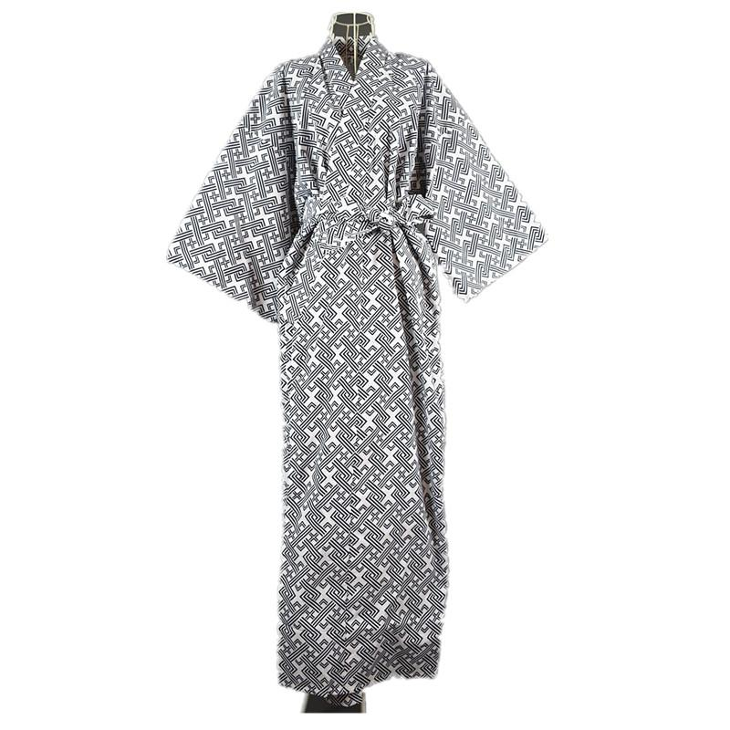 61af67d648 2019 2017 Cool Traditional Japanese Male Kimono Men S Robe Yukata 100% Cotton  Men S Bath Robe Kimono Sleepwear With Belt 62502 From Yanmai