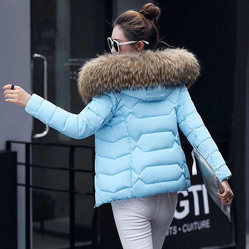 Parka femmes 2017 nouveau col en fausse fourrure à capuchon court vestes matelassées hiver chaud doux duvet de coton manteau rembourré veste