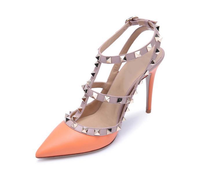6840c60f5 Compre Mulheres Sapatos De Salto Alto Sapatos De Festa De Moda Rebites  Meninas Sexy Apontou Toe Sapatos Fivela Plataforma Bombas Sapatos De  Casamento Preto ...