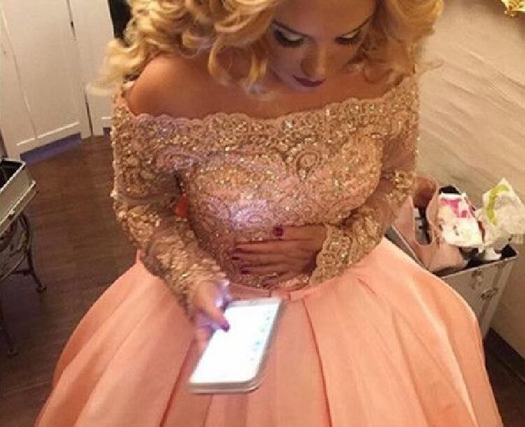 Evening dress Yousef aljasmi Kim kardashian Long sleeve Off-Shoulder Bell gown Almoda gianninaazar ZuhLair murad Ziadnakad