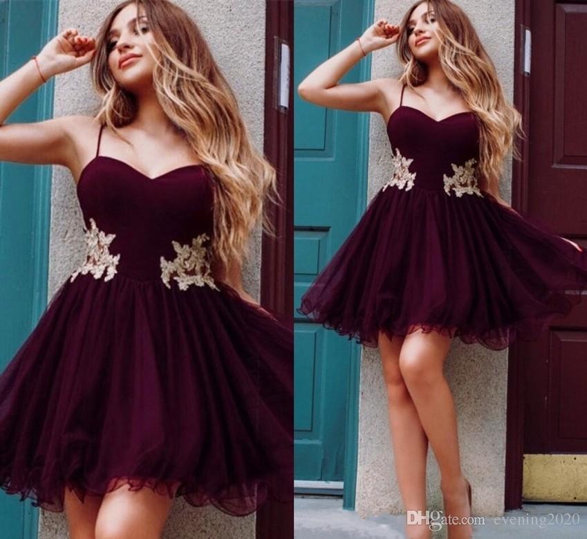 bf13dd19ac4e2 Satın Al Bordo Sevgiliye Mezuniyet Elbiseleri 2019 Aplikler Tül Kısa Yeni  Tasarım Özel Günlerinde Elbiseler Tatlı Tasarım Balo, $69.65   DHgate.Com'da