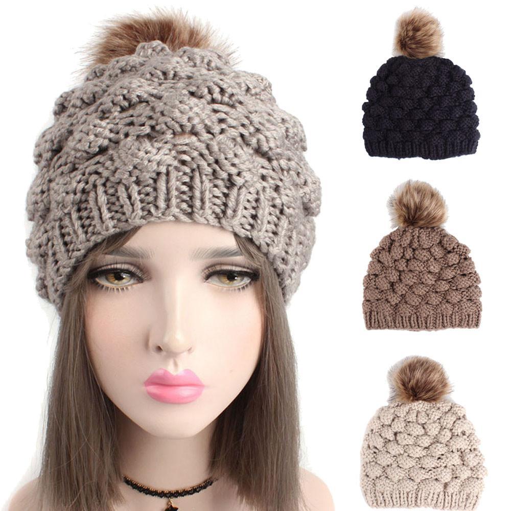 Acheter Feitong Skullies Bonnets 2018 Nouveaux Bonnets Bonnet Tricoté  Casquette Femme Chapeau D hiver Bonnet Chapeaux Chapeaux D hiver Chaud Pour  Les Femmes ... 5b61d80f23e