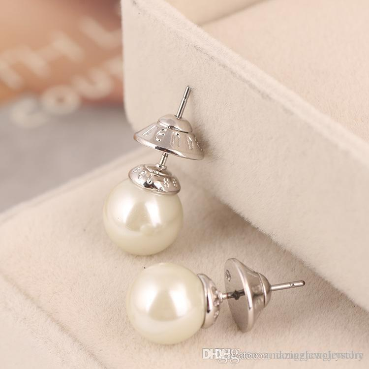 83eb521ea4b83 2018 New arrival Top brass material paris design earring with 1.0cm nature  pearl decorate stamp logo charm stud earring for women jewelry gi